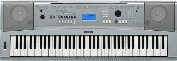 YAMAHA - DGX-220 - ELECTRONIC KEYBOARD